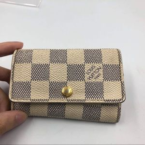 Vintage Louis Vuitton 6 key holder in Azur